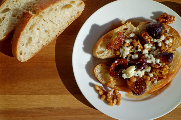 Final-Maple-Glazed-Fig-Toast