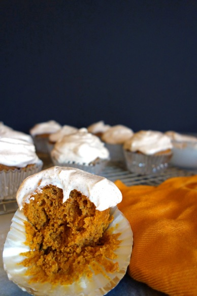 Bite-of-Pumpkin-Cupcakes